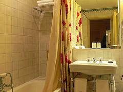 Bathroom at Hotel Heritage Av. Liberdade in Lisbon