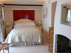 Master bedroom at Laswern Fawr