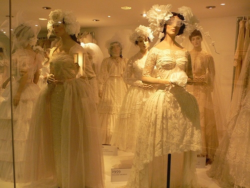 Bridal exhibition  at Bath Fashion Museum