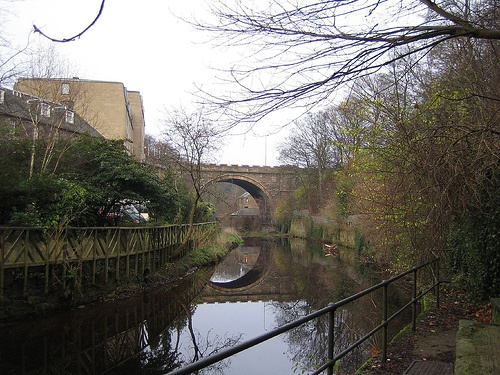 Water of Leith in Edinburgh Photo: StartAgain on Flickr