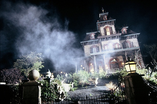 Phantom Manor at Disneyland Paris © Disney