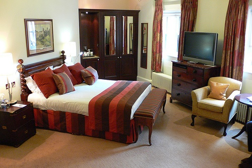 Bedroom in Ettington Park Hotel near Stratford upon Avon Photo: Heatheronhertravels
