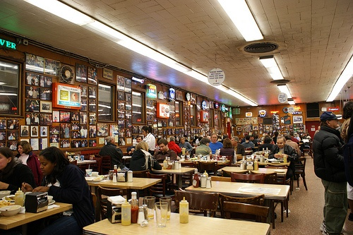 Katz's Deli in New York Photo: iambents of Flickr