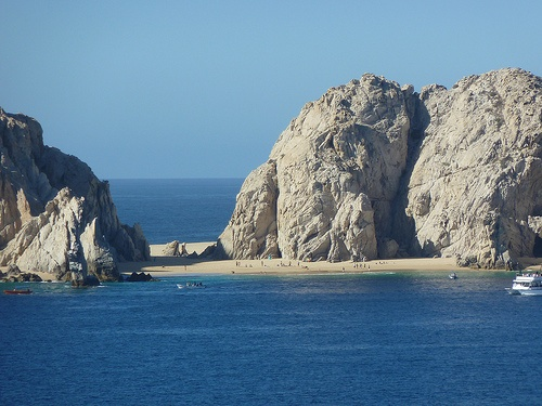 Lover's beach in Cabo San Lucas, Mexico Photo by Minnemom on Flickr
