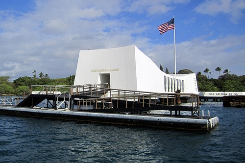 USS Arizona Memorial at Pearl Harbor in Honolulu Photo: wallyg of Flickr