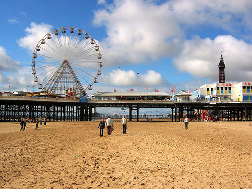 Pier in Blackpool Photo: stinksoup of Flickr