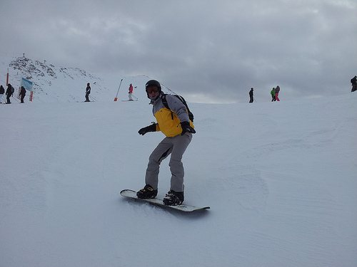 Snowboarding in Pas de la Casa, Andorra Photo: Heatheronhertravels.com