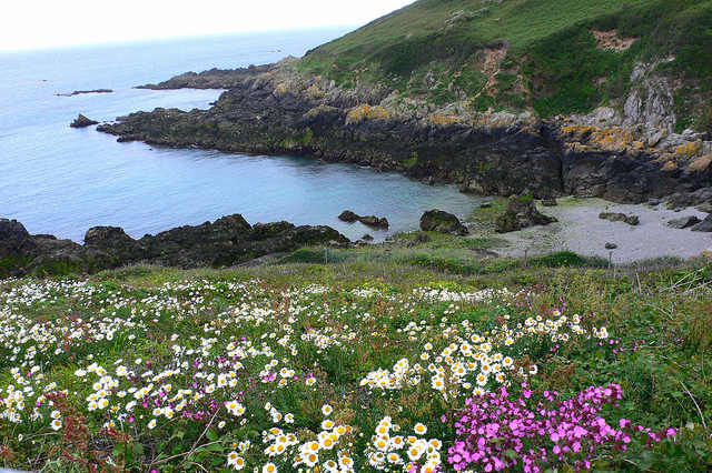 Nr Jerbourg Point on Guernsey Photo: Heatheronhertravels.com