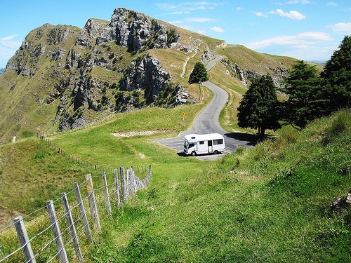 Travelling the mountain roads of North Island, New Zealand by Motorhome Photo by Allison Mac published on Heatheronhertravels.com
