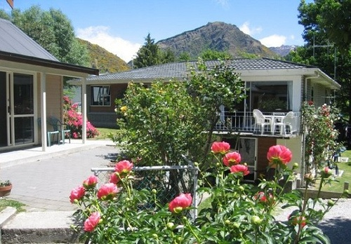 Poplar Lodge, Arrowtown, New Zealand Photo: Poplar Lodge