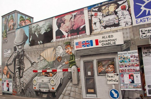 East Side Gallery in Berlin Photo: PAVDW on Flickr