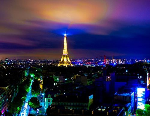 Lights over Paris Photo: johncuthbert43 on Flickr