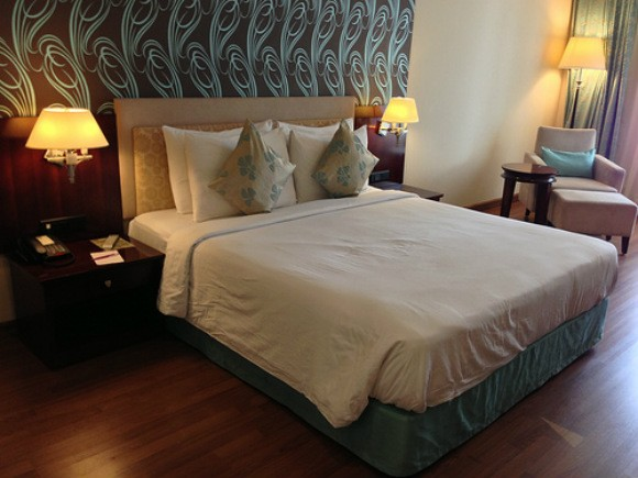 Bedroom of Mercure Abids Hotel, Hyderabad, India Photo: Heatheronhertravels.com