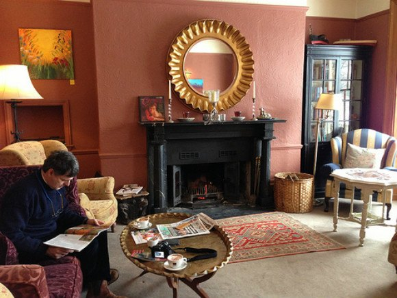 Sitting Room at Prince Hall Hotel, Dartmoor, Devon Photo: Heatheronhertravels.com