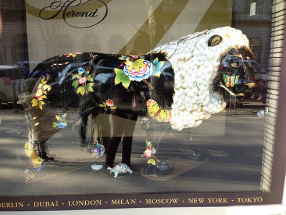 Lion at the Herend Shop in Budapest Photo: Heatheronhertravels.com