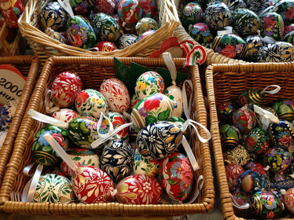 Painted eggs in Budapest Photo: Heatheronhertravels.com