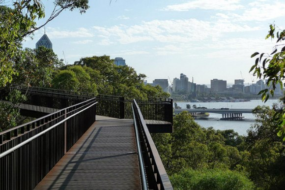 Perth's Walkway Photo: Scotticus_ of Flickr