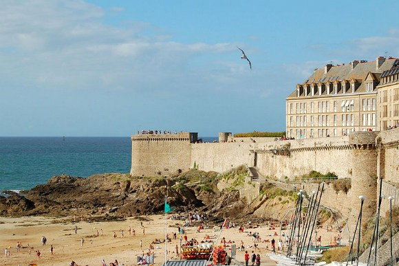 Rempart, St Malo Photo: Pline of WikimediaCommons