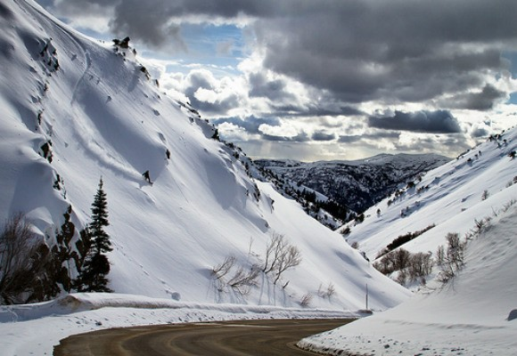 The road up to Powder Mountain Photo: Stan Evans