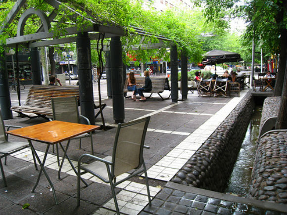 Street Cafes in Mendoza, Argentina Photo: betta design of Flickr