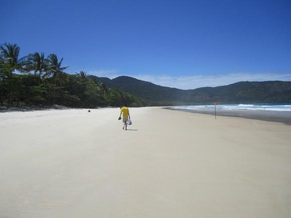 Lopes Mendes beach Photo: Neil Robertson