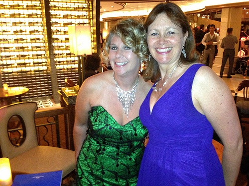 Heather and Shannon Hurst Lane at the Gala on Royal Princess Photo: Heatheronhertravels.com