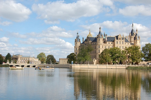 Schwerin castle Photo by volker moebius on Flickr