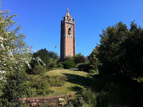 Cabot Tower on Brandon Hill in Bristol Photo: Heatheronhertravels.com
