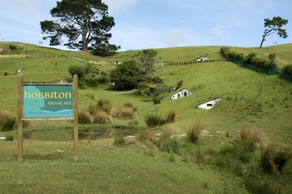 Hobbiton Tour, Matamata Photo: lalalydia of Flickr