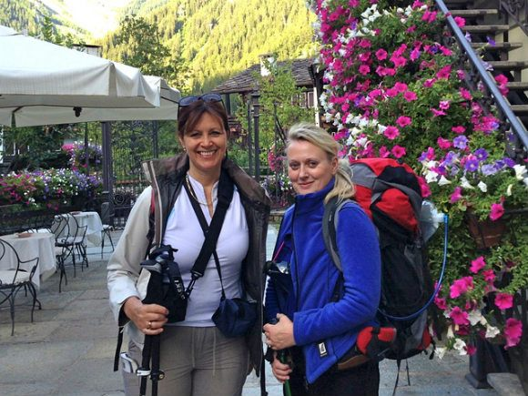 Setting off on the tour de Mont Blanc outside Hotel Villa Novecento, Courmayeur Photo: Heatheronhertravels.com