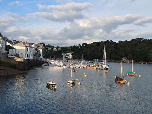 Boats bobbing in the Fowey estuary Photo: Heatheronhertravels.com