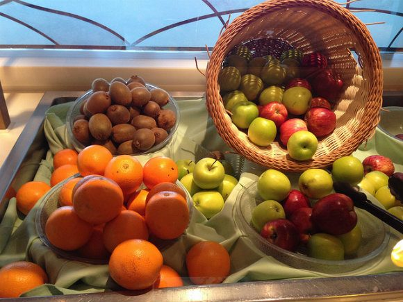 Fruit in Horizon Court on Crown Princess Photo: Heatheronhertravels.com