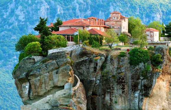 Meteora in Northern Greece Photo: HomeAway.co.uk