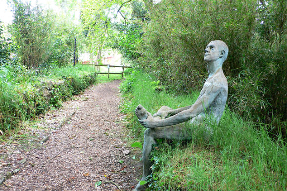 Sculpture at Sausmarez Manor on Guernsey Photo: Heatheronhertravels.com