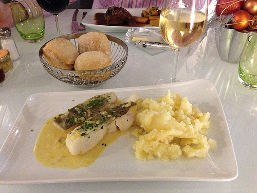 Dinner at Cafe Atlantic, Hotel Pullman Paris Montparnasse Photo: Heatheronhertravels.com