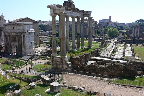 A view of the Forum in Rome Photo: Heatheronhertravels.com