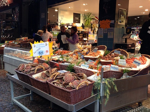 Fishmongers on Rue Mouffetard, Paris Photo: Heatheronhertravels.com