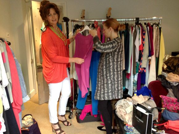 Choosing the outfit with stylist Rachel Photo: Heatheronhertravels.com