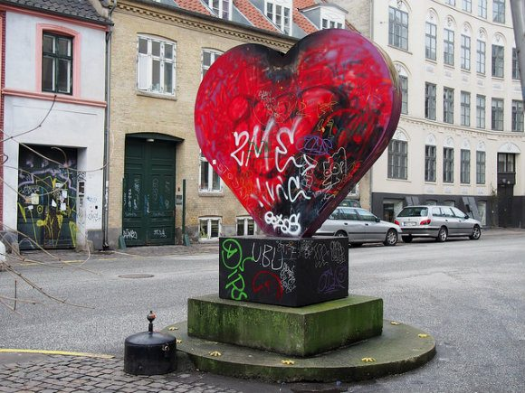 Heart sculpture in Vesterbro, Copenhagen Photo: Heatheronhertravels.com