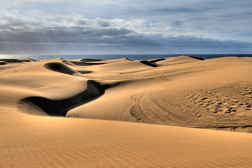 Sand dunes at Maspalomas in Gran Canaria Photo: Pedro Szekely on Flickr