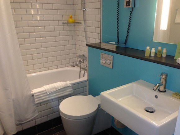 The bathroom in our Junior Suite at Andersen Hotel, Copenhagen Photo: Heatheronhertravels.com