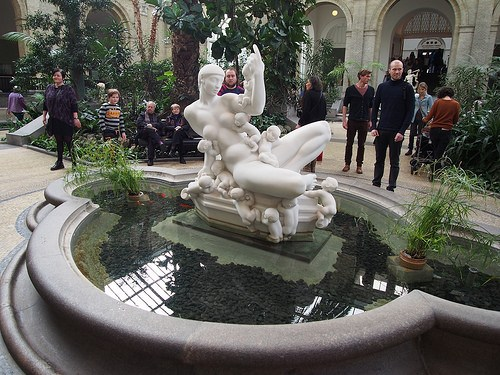 Statue in the Winter Garden in Ny Carlsberg Glyptotek Photo: Heatheronhertravels.com