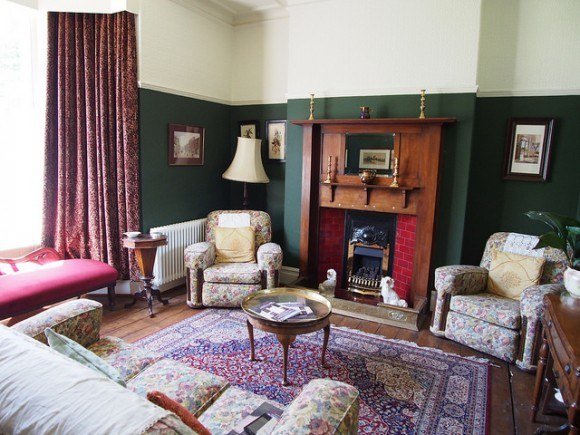 The front sitting room at the Birthplace  of Dylan Thomas, 5 Cwmdonkin Drive, Swansea Photo: Heatheronhertravels.com