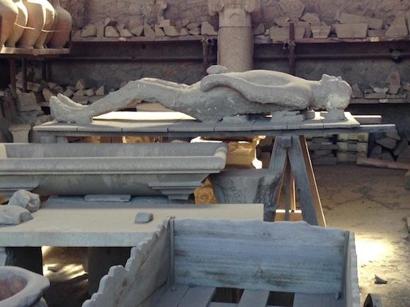 Plaster cast of victim of Pompeii Photo: Heatheronhertravels.com
