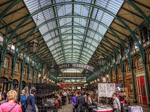 Covent Garden Apple Market Photo: Neil Howard on Flickr