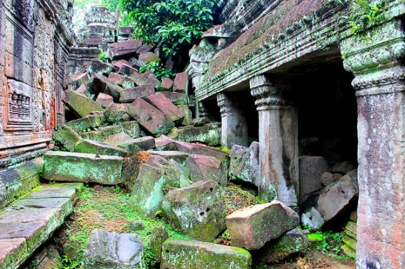 Jungles do their job of destroying the temples