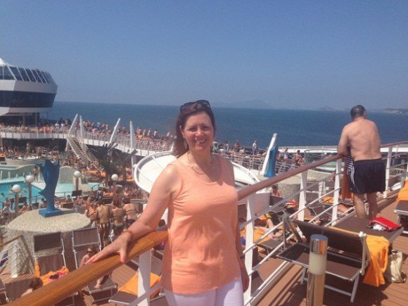 On Board MSC Splendida with my Eileen Fisher linen vest Photo: Heatheronhertravels.com