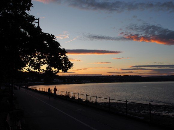 Sunset from Mumbles, South Wales Photo: Heatheronhertravels.com