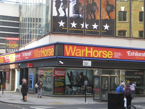 War Horse theatre in Covent Garden Photo: Andy Roberts on Flickr
