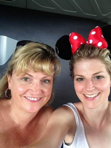 Amanda and her mother enjoy a trip to Disneyworld together
